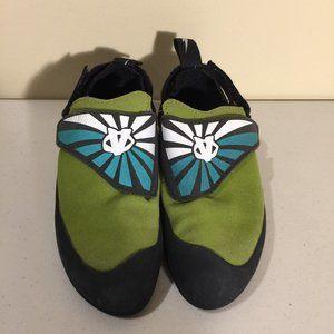 EVOLV Trax Kids Climbing Shoes Size 4 US